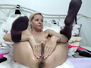 Mature webcam masturbation 1 amateur