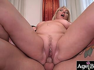 John serviced naughty granny MILF Amys room and her pussy blowjob