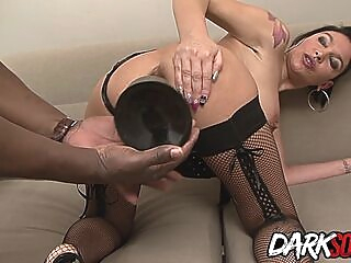 An Ass Gaping Interracial Anal for Older French Floozy Caro La Petite Bombe anal